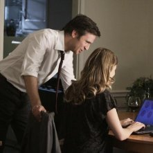 FlashForward: Sonya Walger e Jack Davenport in una scena dell'episodio Course Correction