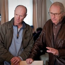 Ken Loach sul set di Route Irish