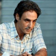 Ahmed Hafiene in una sequenza di Scontro di civiltà per un ascensore a Piazza Vittorio
