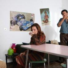 David Coco, Simona Borioni e Marco Bocci in una scena del film La bella società