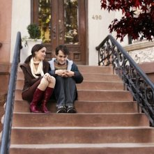 Rose Byrne e Hugh Dancy in un'immagine di Adam