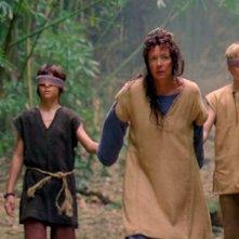 Ryan Bradford, Allison Janney e Kenton Duty in una scena di Attraverso il mare, dalla sesta stagione di Lost