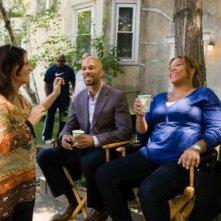 Queen Latifah e Common in compagnia della regista Sanaa Hamri sul set di Just Wright