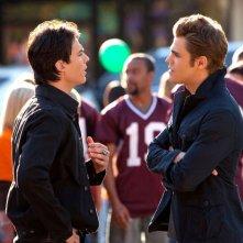Ian Somerhalder e Paul Wesley in una scena dell'episodio Founder's Day di Vampire Diaries
