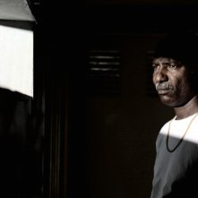 Youssouf Djaoro in una scena del film A Screaming Man del 2010