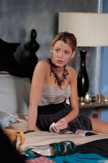 Serena (Blake Lively) in un momento dell'episodio Last Tango, Then Paris di Gossip Girl