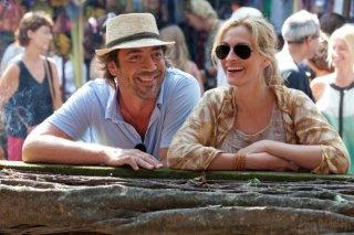 Javier Bardem e Julia Roberts in una scena del film Mangia, prega, ama