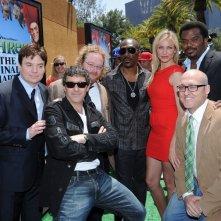 Walt Dohrn, Antonio Banderas, Eddie Murphy, Cameron Diaz, Craig Robinson, Mike Myers e Mike Mitchell alla premiere di Los Angeles del film Shrek e vissero felici e contenti