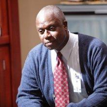 Andre Braugher in una scena di Baggage dalla sesta stagione di Dr. House: Medical Division