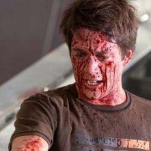 Bobby Campo imbrattato di sangue nel film The Final Destination 3D
