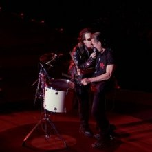 Bono e Larry Mullen in un'immagine del film U2 3D