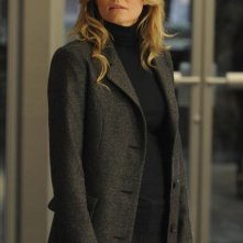 Jennifer Morrison in una scena di Lockdown dalla sesta stagione di Dr. House: Medical Division