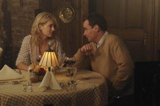 Robert Sean Leonard e Cynthia Watros in una scena di Knight Fall dalla sesta stagione di Dr. House: Medical Division