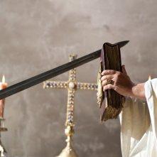 Un'immagine significativa del film La Papessa
