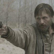 Viggo Mortensen, un uomo disposto a tutto nel film The Road