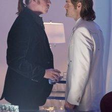 Val Kilmer e Will Forte in una scena del film MacGruber