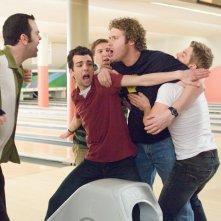Jay Baruchel, Mike Vogel, Nate Torrence e T.J. Miller in una scena del film Lei è troppo per me