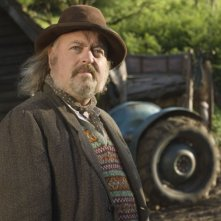 Un'immagine di Bill Bailey dal film Tata Matilda e il grande botto