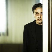 Elia Suleiman in una scena del suo film autobiografico The Time That Remains