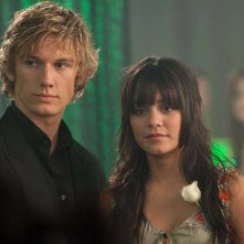 Alex Pettyfer e Vanessa Hudgens nel film Beastly, 2010