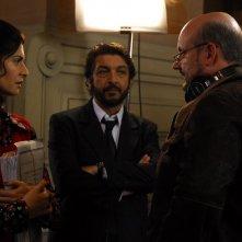 Soledad Villamil e Ricardo Darín con il regista Juan José Campanella sul set del film Il segreto dei suoi occhi