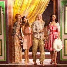 Cynthia Nixon, Sarah Jessica Parker, Kristin Davis e Kim Cattrall sono ad Abu Dhabi in Sex and the City 2