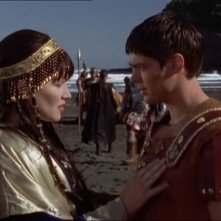 Lucy Lawless e Karl Urban in Xena e Giulio Cesare