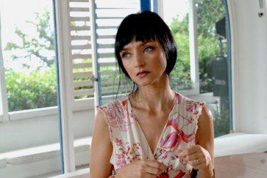 Maria De Medeiros in un'immagine del film Il compleanno