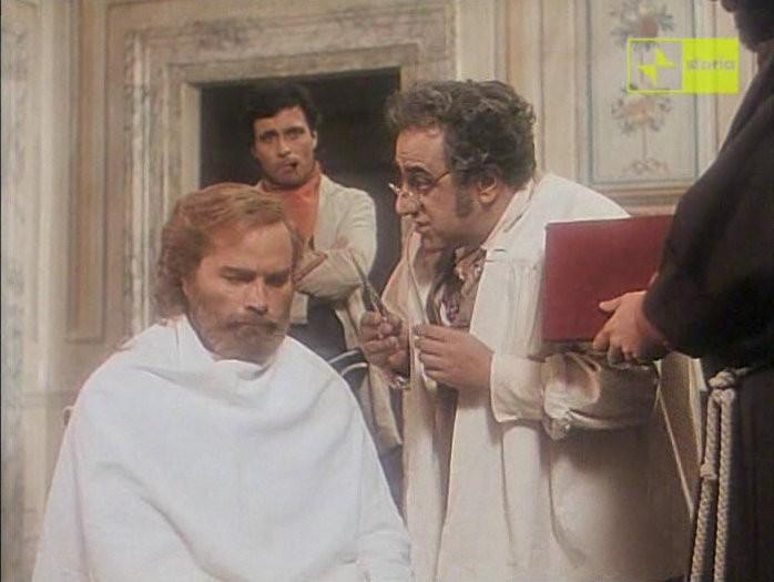 Antonio Orfano Sullo Sfondo Con Franco Nero In Una Scena Del Film Garibaldi The General Regia Di Luigi Magni 163335