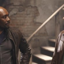V: Morris Chestnut e Joel Gretsch nell'episodio Hearts and Minds