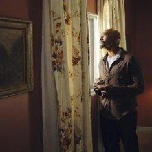 V: Morris Chestnut nell'episodio Fruition