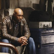 V: Morris Chestnut nell'episodio Hearts and Minds