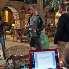 Chris O'Donnell, Linda Hunt, LL Cool J, Daniela Ruah e Barrett Foa nell'episodio Burned di NCIS: Los Angeles