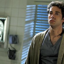 Una scena dell'episodio Chuck Versus the Tooth con Zachary Levi