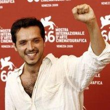 Carmelo Galati al photocall per Le Ombre Rosse, durante Mostra del Cinema di Venezia 2009