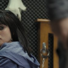 Gemma Arterton nel film The Disappearance of Alice Creed