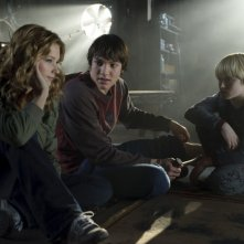 Haley Bennett, Chris Massoglia e Nathan Gamble in una scena del film The Hole in 3D