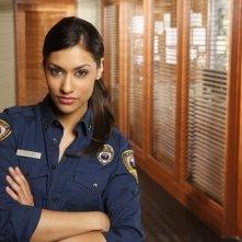 Janina Gavankar è Leigh Turner in una immagine promozionale della serie The Gates