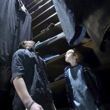Nathan Gamble e Chris Massoglia in una sequenza del film The Hole in 3D