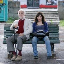 Gabriele Ferzetti  e Sabrina Impacciatore in una scena del film 18 anni dopo