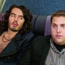 Russell Brand e Jonah Hill, protagonisti della commedia Get Him to the Greek