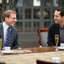 Steve Carell e Paul Rudd in una divertente scena di Dinner for Schmucks