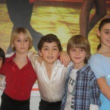 Nella foto Andrea Pittorino (camicia a righe) con i ballerini di Ballando con le stelline 2010