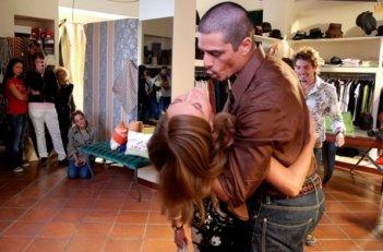 Camilla Ferranti e Massimiliano Varrese nel film Alice