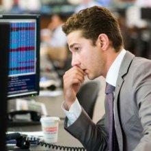 Un'immagine di Shia LaBeouf dal film Wall Street: il denaro non dorme mai