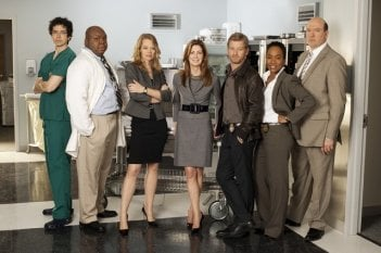 Geoffrey Arend, Windell Middlebrooks, Jeri Ryan, Dana Delany, Nic Bishop, Sonja Sohn e John Carroll Lynch in una foto promozionale di Body of Proof