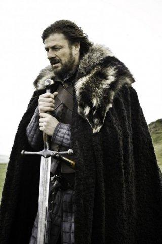 Sean Bean in una scena della nuova serie HBO Game of Thrones