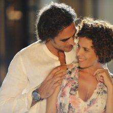 Sergio Muniz e Cecilia Dazzi in una scena della commedia Sharm El Sheikh - Un'estate indimenticabile