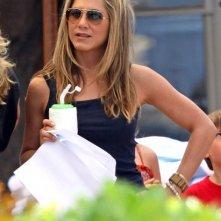 Jennifer Aniston in un break sul set del film Just Go With It