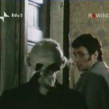 Antonio Orfanò con Renato Scarpa di spalle nel film La Certosa di Parma regia di Mauro Bolognini